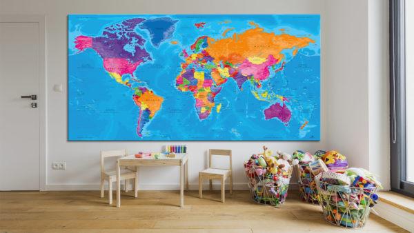 Mappa-del-Mondo-su-Tavola
